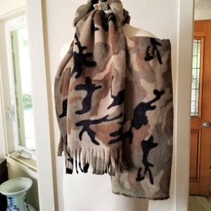 Camouflage Fleece Scarf and Arm or Leg Warmer Set